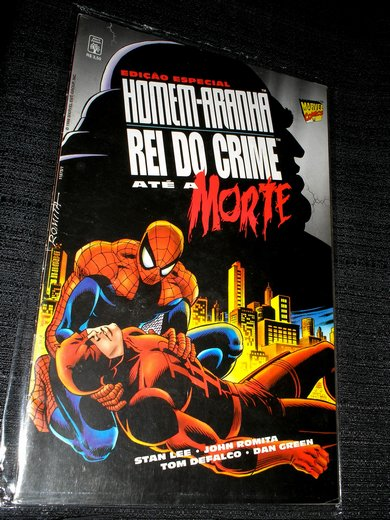 HOMEN-ARANHA vs DEMOLIDOR